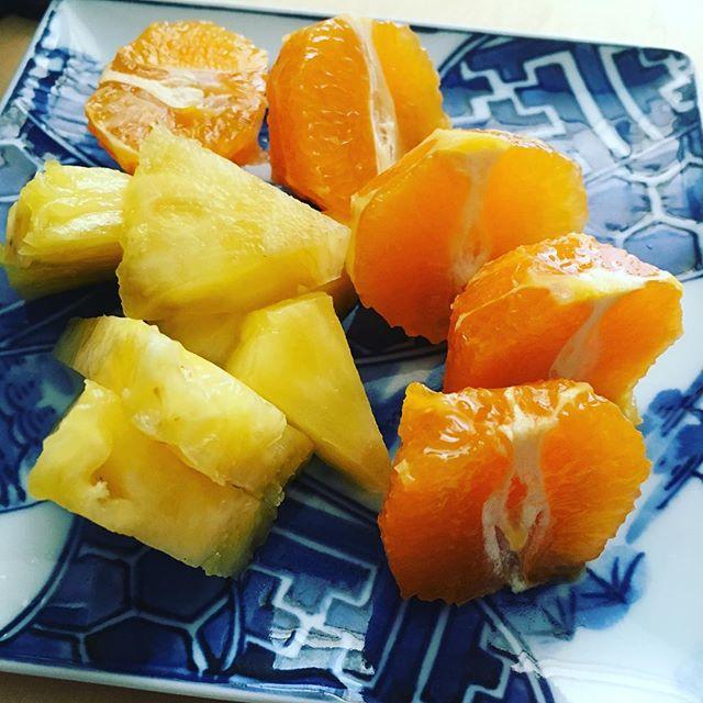 5/4のおやつはピクシーオレンジとはちみつパイナップル #オイシックス